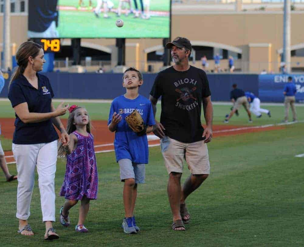Youth Baseball: Less Screen Time More Family Time
